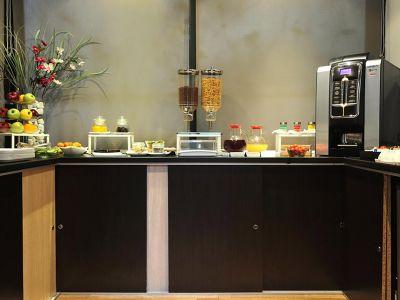 hotel-relais-san-pietro-sala-de-desayuno-6